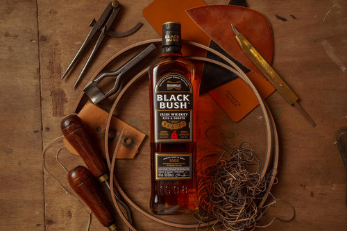 Black Bush Stories – Whiskey and Leather Workshop