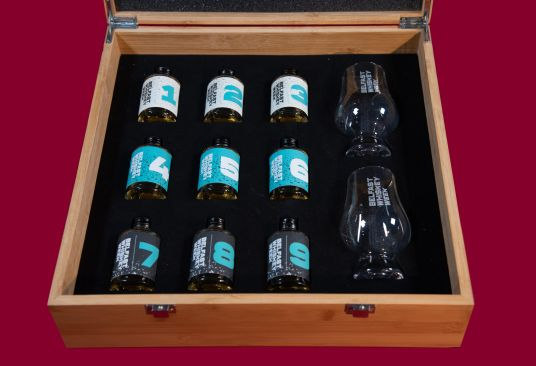 9 bottle sample box along with 2 complimentary BWW Glencairn glasses.